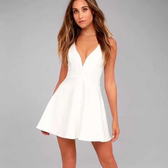 White Plunge Neck Lulus Short Skater Dress e9b27b5b1